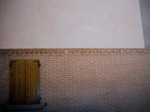 fragment-otrestavrirovannoy-steni