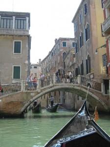 venecia-gondoli-marshrutnie-taksi-dlya-turistov