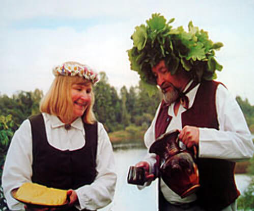 Янов день в Латвии: традиции и современность