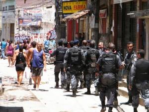 policia-v-favelah