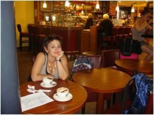 v-kafe-berlin-alla-roytich