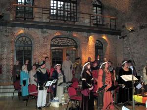 koncert-v-italyanskom-vnutrennem-dvorike