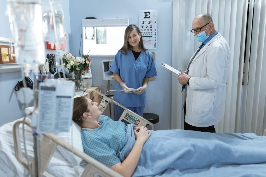 Что не так с британской системой здравоохранения, или где лечиться человеку мира