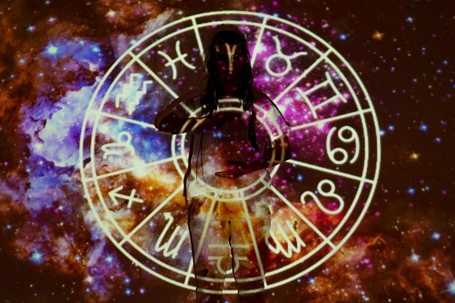 Астрология или подслушанный разговор о кризисе бостонского сознания
